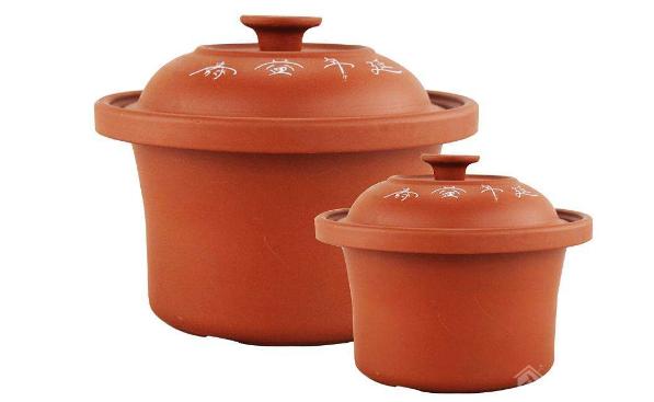 家用紫砂锅好还是白瓷锅好?对比介绍