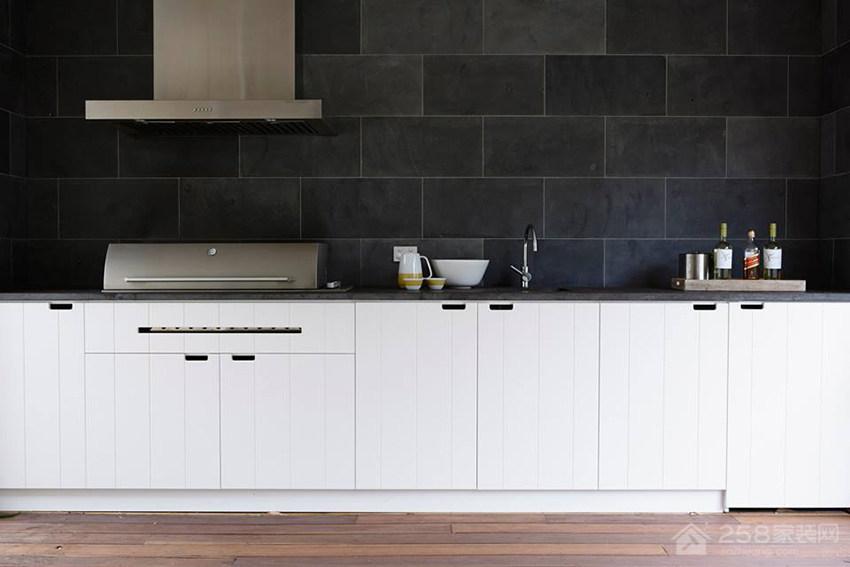 厨房白色橱柜门板效果图