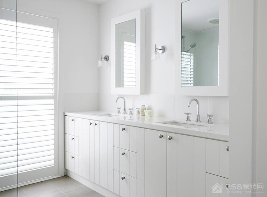 田园风卫生间简约白色浴室柜图片