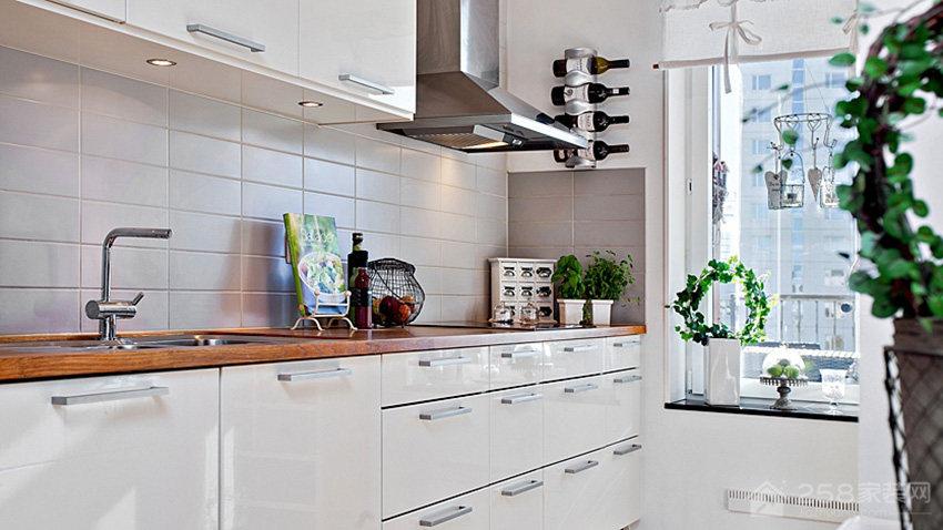 时尚乡村风厨房白色橱柜门板展示图