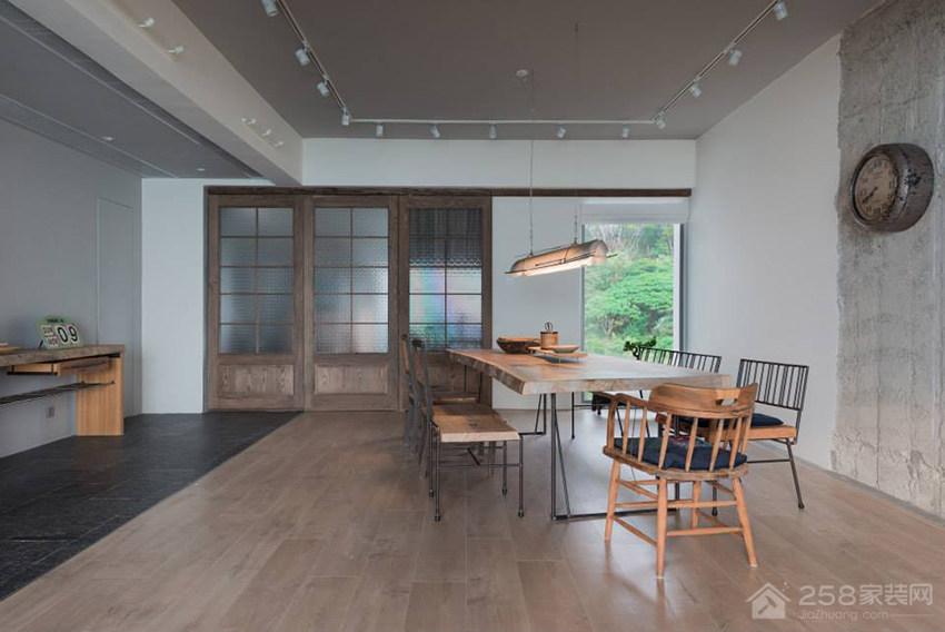 绿装自然风餐厅原木色家庭餐桌椅图片