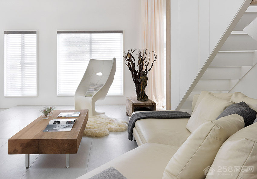 现代风客厅方形原木色茶几展示图