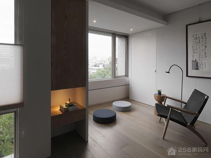 日式风公寓休闲区阅读角图片