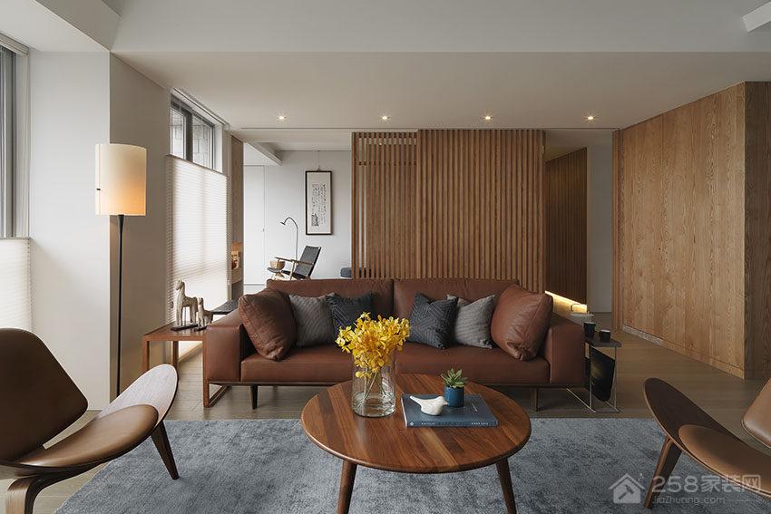 日式公寓客厅棕色皮质沙发展示图