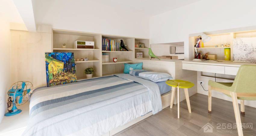 北欧风住宅卧室原木色实木书柜展示图