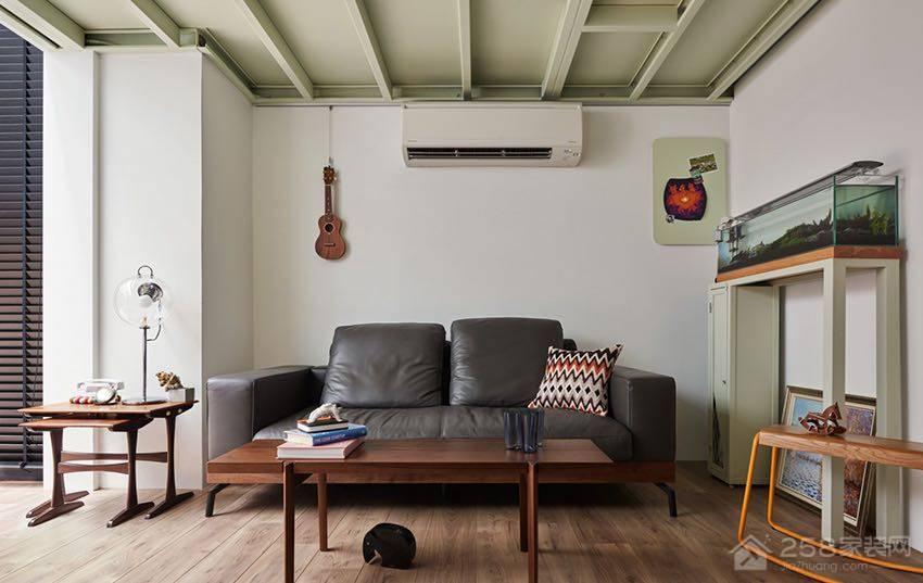 开放式工业风客厅黑色皮质沙发效果图