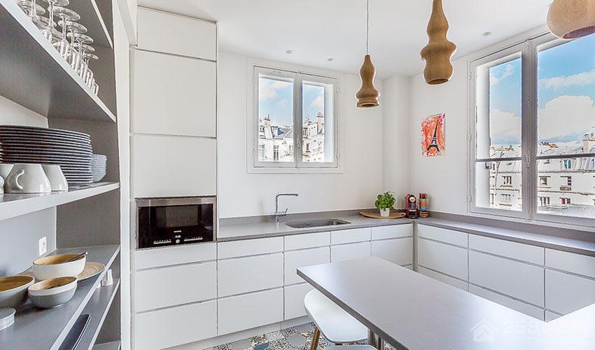 时尚日光厨房白色橱柜门板效果图