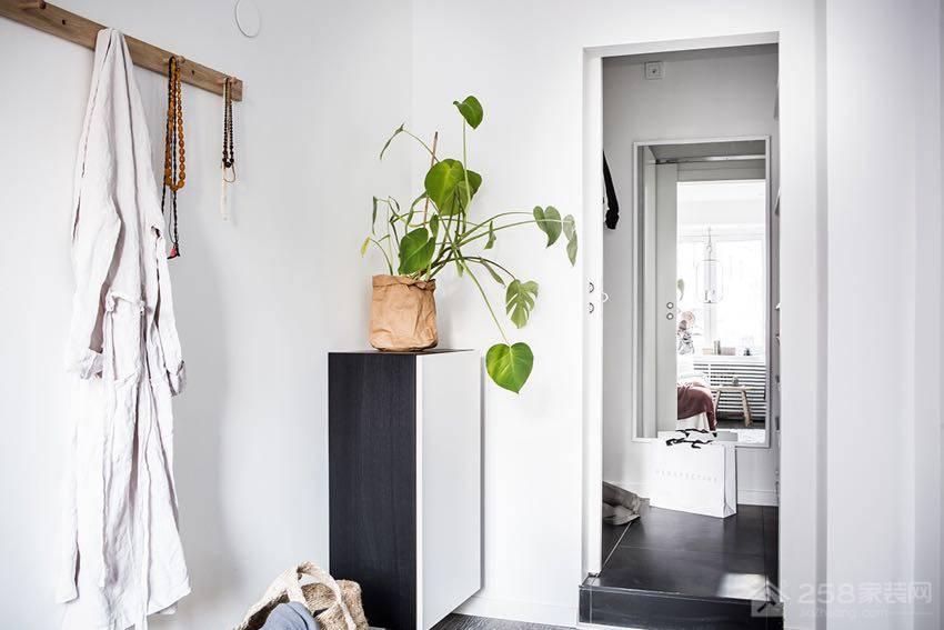 瑞典15 坪现代白系优雅女子公寓装修效果图