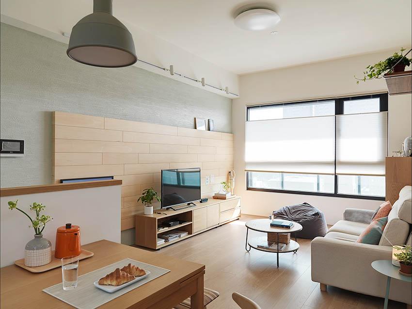 桃园24 坪白色与木头色的清新感新婚宅装修效果图