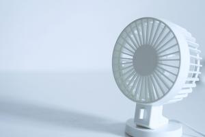 电风扇不转是什么原因,该如何解决?