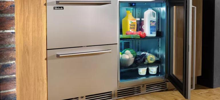 冰箱日常使用与清洁过程中,哪些常识是必须注意的