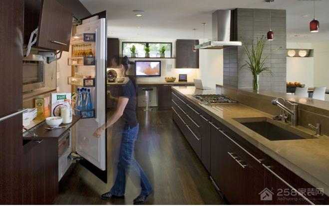 厨房冰箱清洁