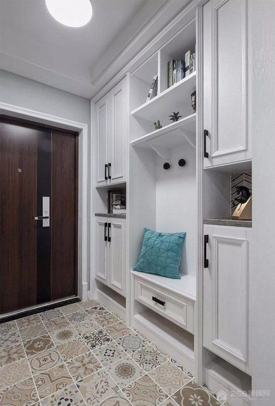 浅灰绿基调170平之家,衣柜衣帽间设计值得借鉴