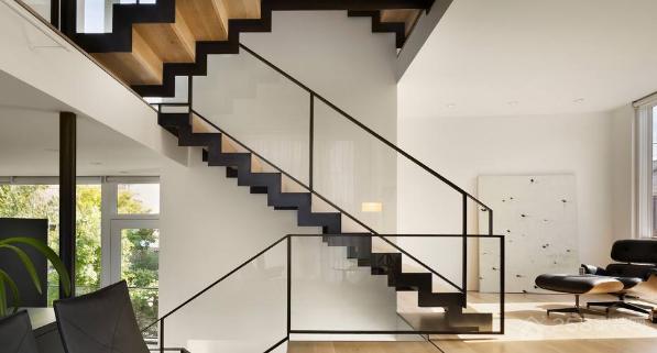 别墅楼梯如何设计?有什么注意事项?