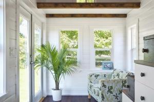全木天花板吊顶装修的家居魅力