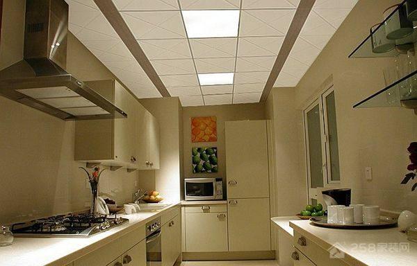 厨房吊顶灯怎么换,更换要注意什么