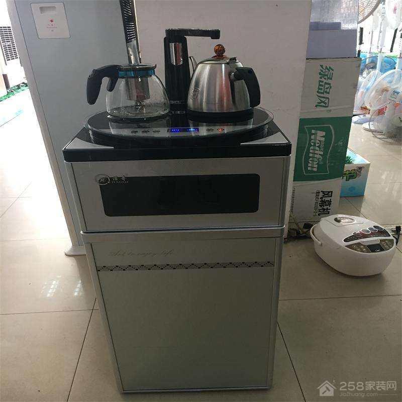 茶吧机和饮水机哪个好?茶吧机的优点介绍