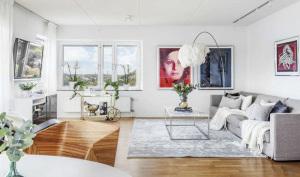 豪园居现代简约二居室装修