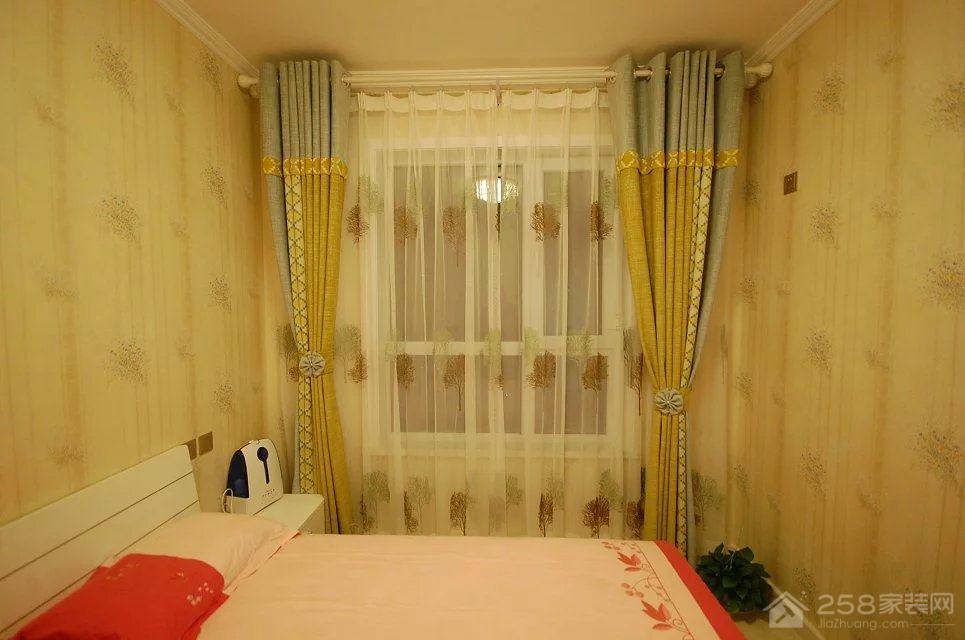 海棠小镇现代简约两居室装修效果图