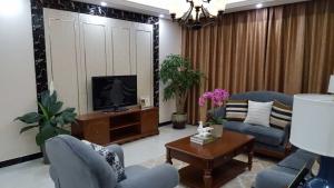 越都名府中式四居室装修效果图