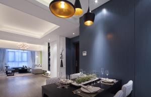 5香榭花园 现代简装120平现代简约风格三居装修效果图