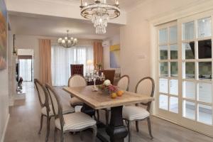 清新舒适欧式风格140平四居室家装效果图