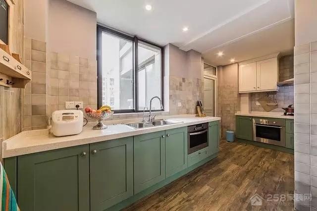 美式厨房石英石橱柜台面效果图