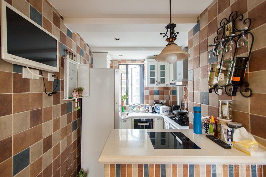 地中海混搭色厨房瓷砖背景墙效果图