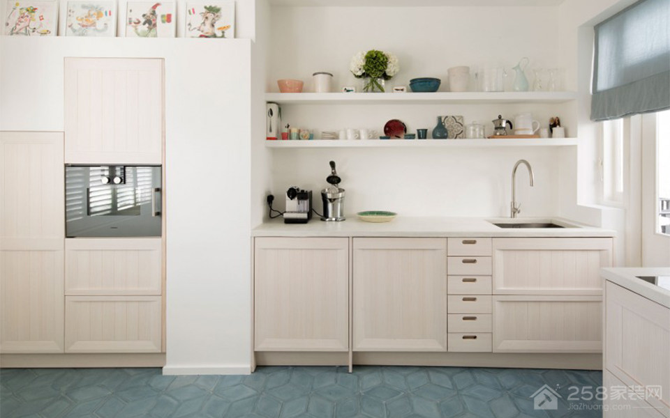 地中海风开放式小厨房装修效果图