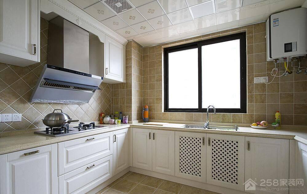 厨房米黄色大理石橱柜台面效果图