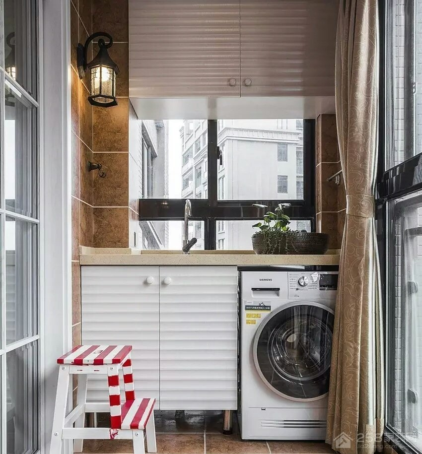 融创中心美式风格三居家装效果图