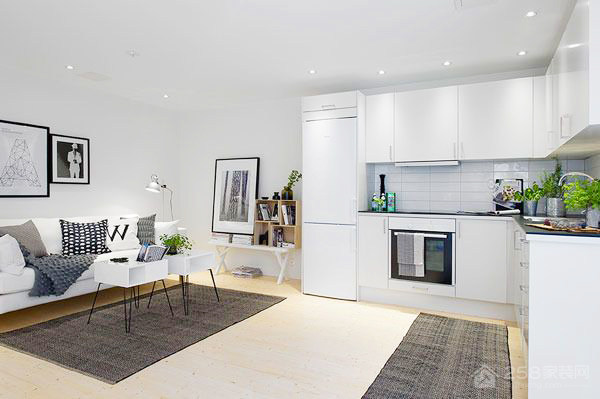 简约厨房白色烤漆橱柜装修图片
