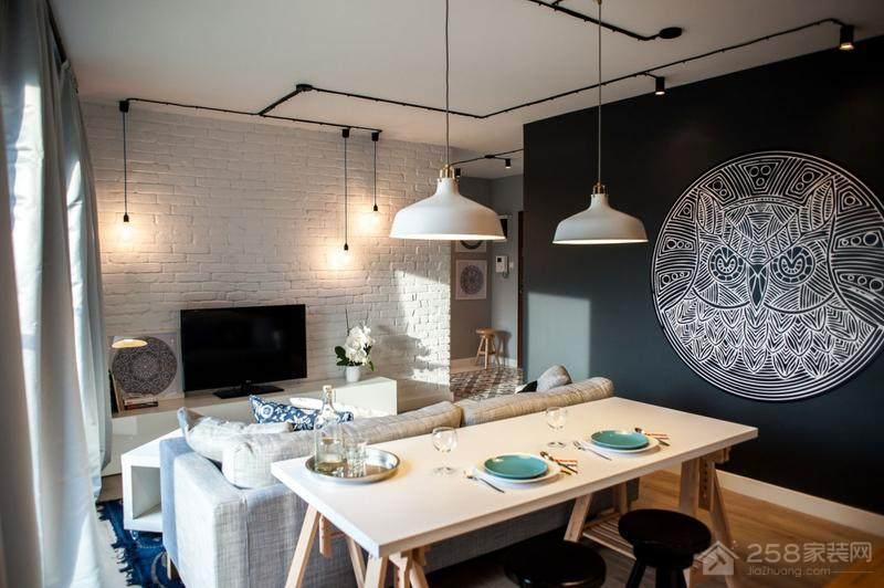 北欧风餐厅原木色实木长餐桌图片