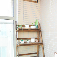 简易木制阳台花架图片展示