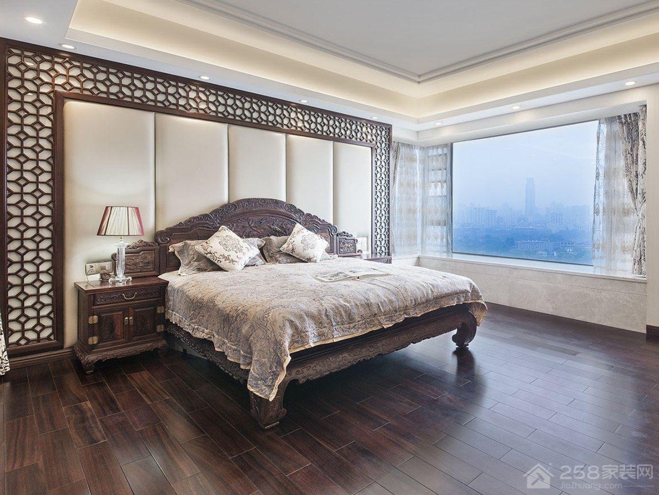 古典实木中式双人床图片欣赏