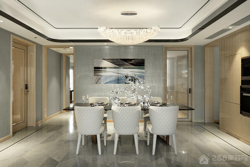 现代餐厅个性水晶吊灯设计效果图