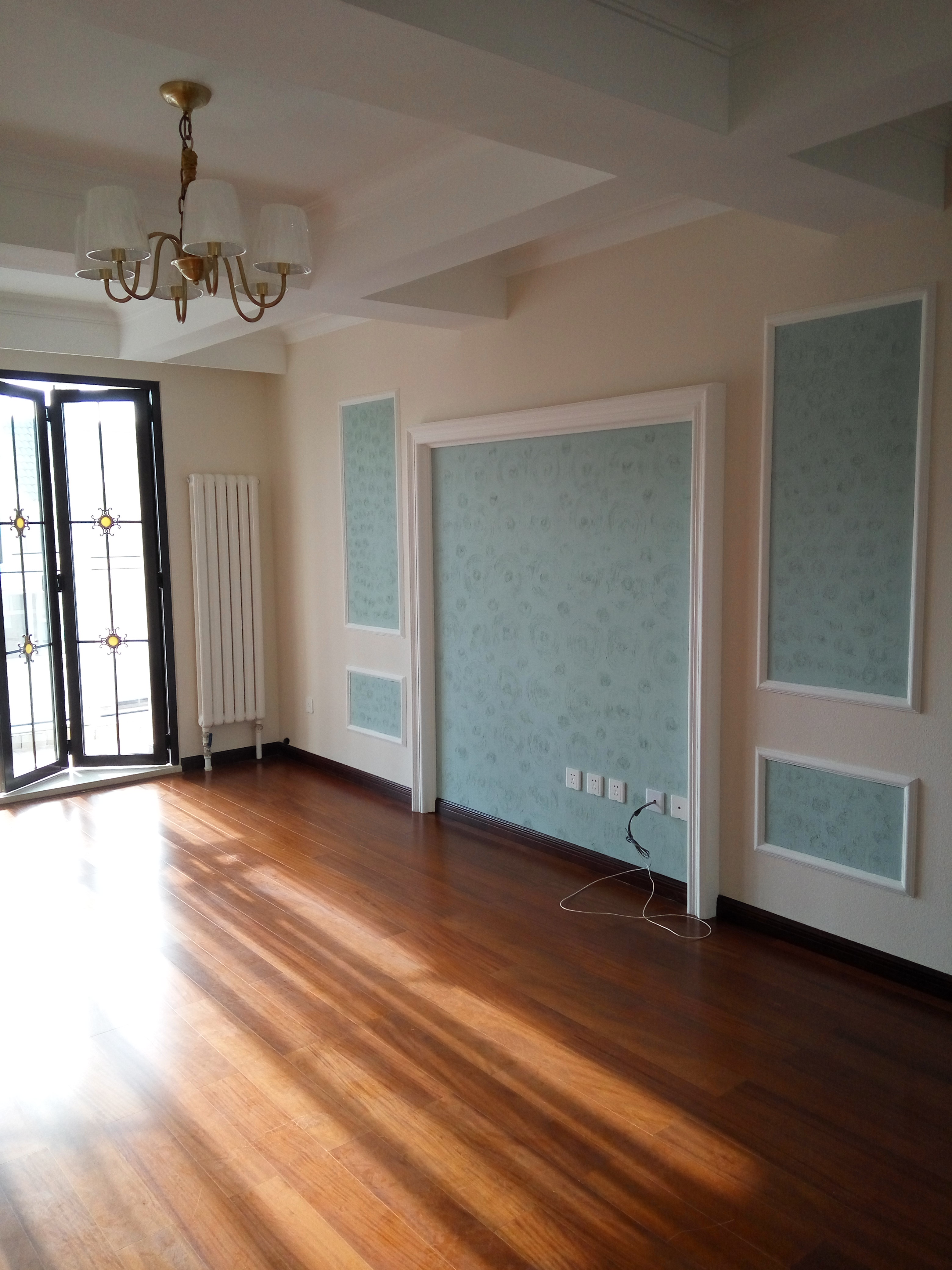 雅馨苑-3室2厅2卫阁楼