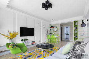 绿色点缀的简约现代家居