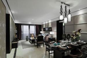 中豪汇景湾194平四居室混搭风格设计方案
